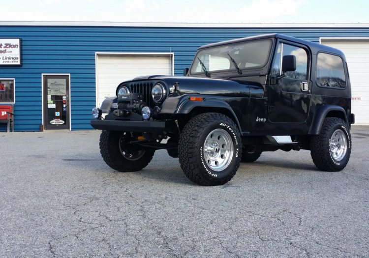 Restomod 1986 Jeep CJ7