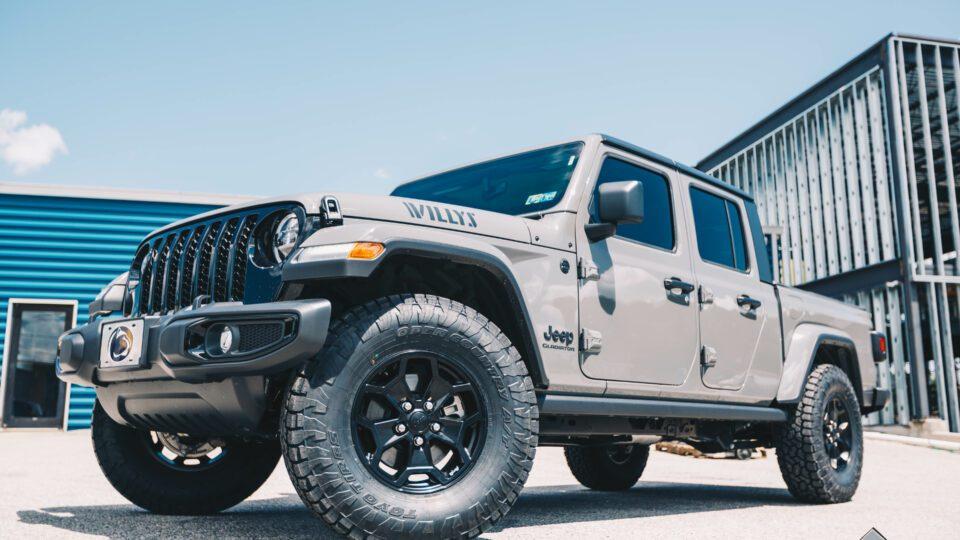 2021 Jeep Gladiator Willy's Overland